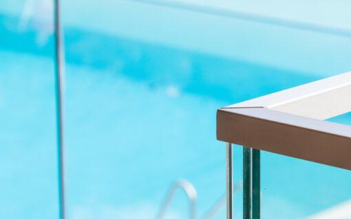 garde corps en verre piscine eupen
